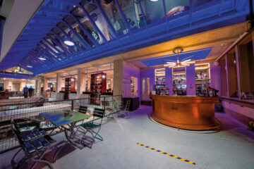 Mega-Shop in der Berner Markthalle